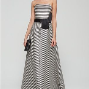 STRAPLESS STRIPE GOWN WITH BOW